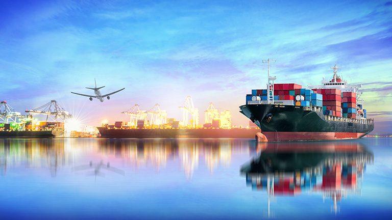 輸出の写真